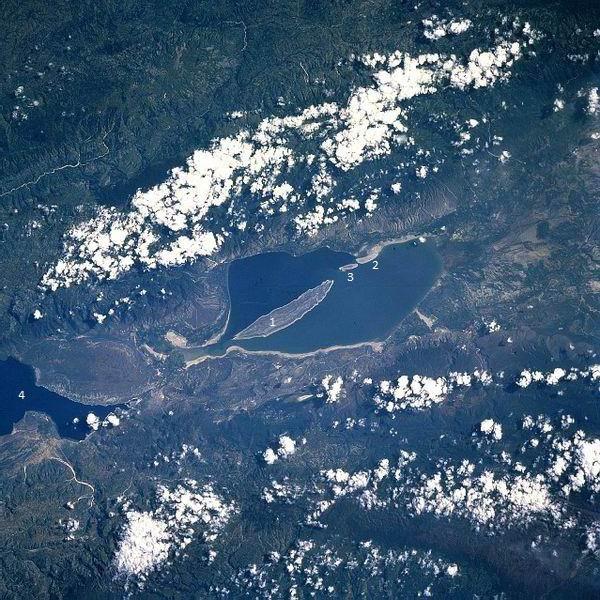 Lago Enriquillo y sus tres islas